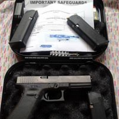 glock 17 placed in the table with case